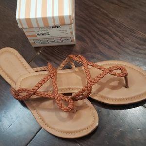 Fashion nova flat sandals